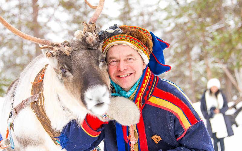 conocer la cultura sami de laponia
