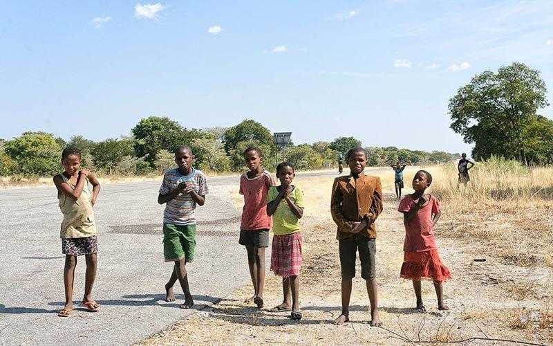 gente-carretera-namibia-viaje