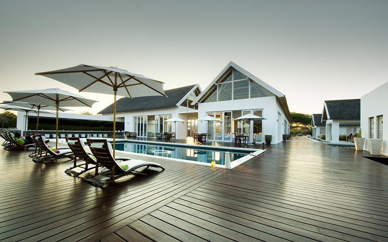 hotel-de-lujo-etosha-namibia