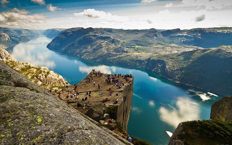 roca-pulpito-viaje-noruega